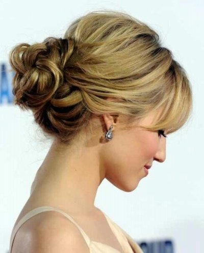 Low bun hairstyle for summer bridesmaids